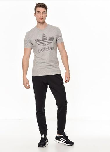 adidas Baskılı Tişört Gri